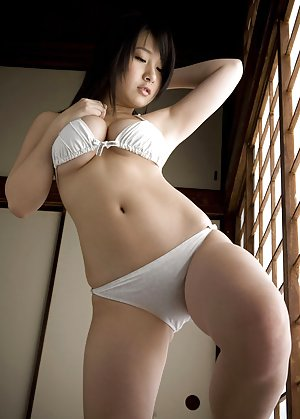 Bikini Asian Porn Pics