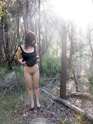 Outdoor Asian Porn Pics